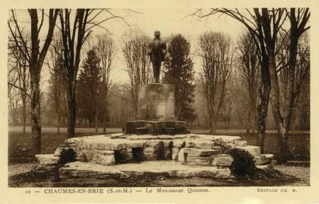 Le monument Quinton à Cheaumes en Brie