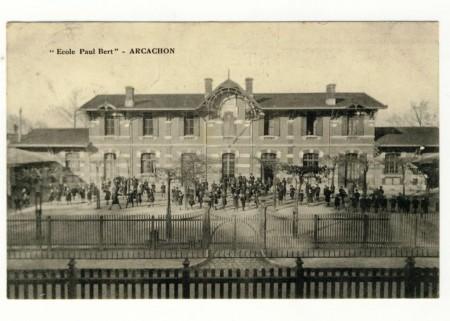 Ecole Paul Bert en 1910.